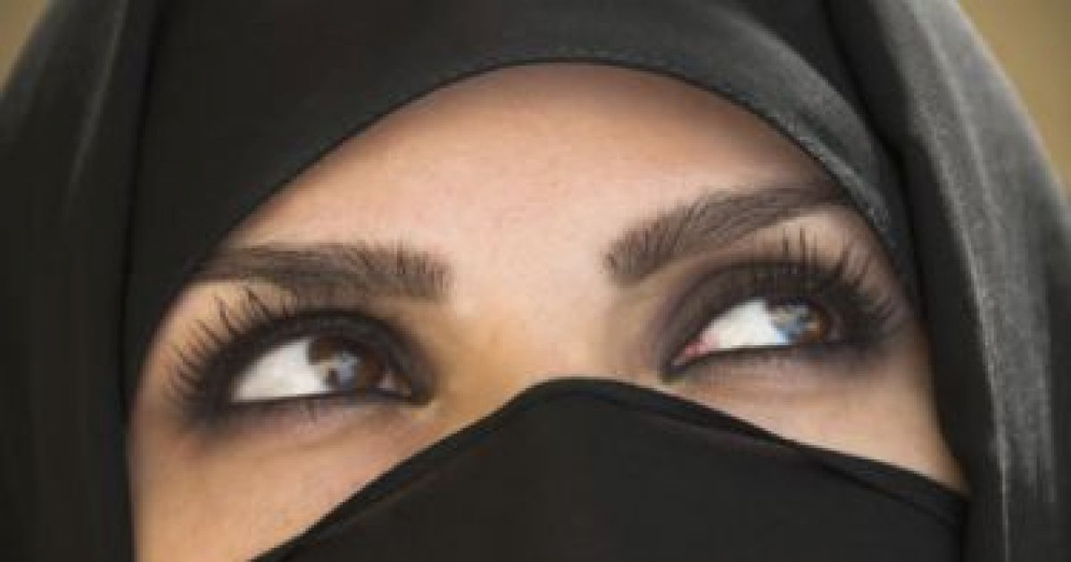 Intalnirea femeii musulmane din Fran? a