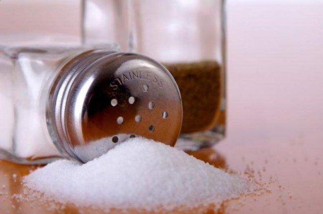 Чрезмерное потребление соли увеличивает риск развития рака желудка