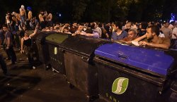 "Standoff, Morning: Activists spend night ""barricaded"" in Baghramyan Avenue"