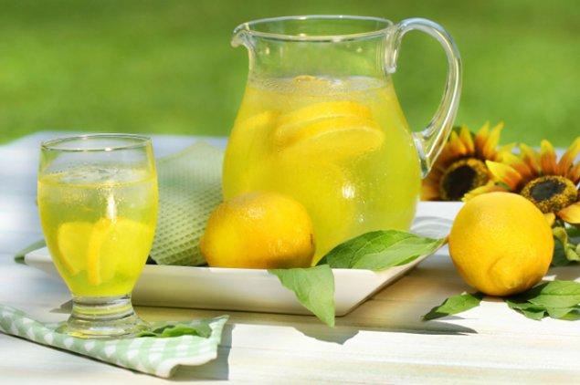 Limonada cu menta si ghimbir
