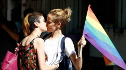 Turkey LGBT: Scuffles at banned Istanbul transgender event