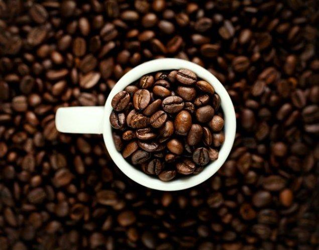 va face cafeaua neagră să vă scoată în greutate