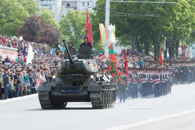 doamna singura din transnistria