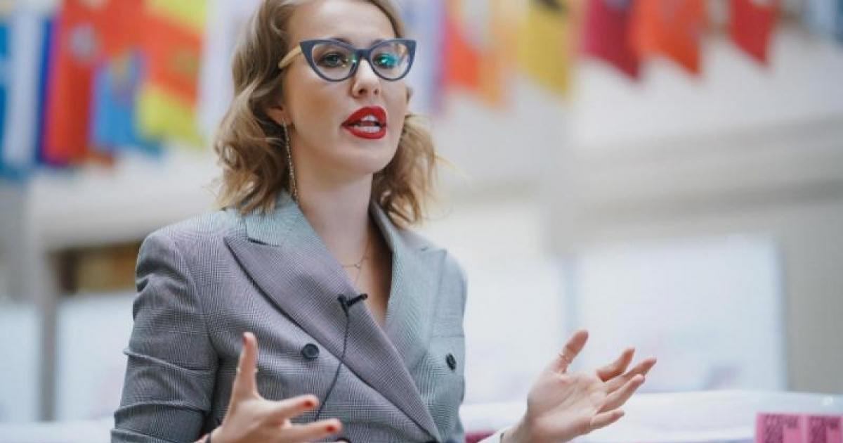 cum a făcut Sobchak Ksenia bani
