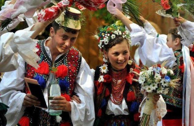 Obiceiuri şi tradiţii străvechi de sărbătoarea Dragobetelui. Surprinde persoana iubită pe 24 februarie
