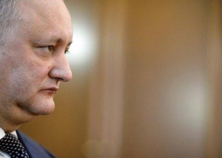 Averile lui Dodon - ZECI de milioane de dolari în conturile din Elveția și HECTARE de pământ în Rusia