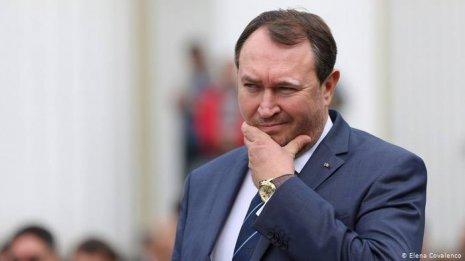Тэнасе жалеет о Порошенко и призывает Зеленского не встречаться с Додоном