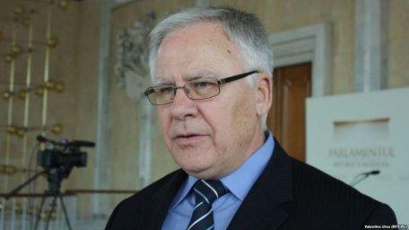 Dumitru Diacov crede că Vladimir Plahotniuc își va depune mandatul de deputat