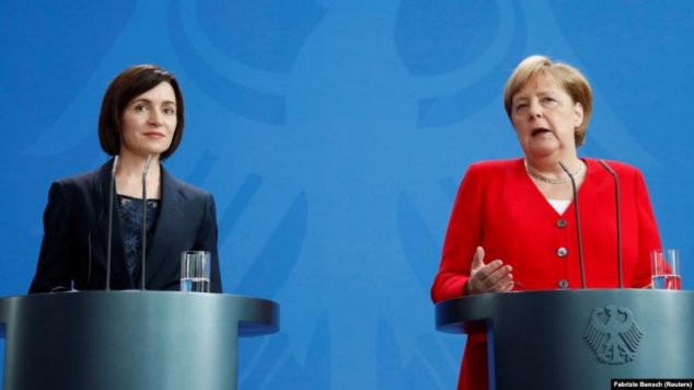 Merkel Urges Moldova To Speed Up Reform Pace