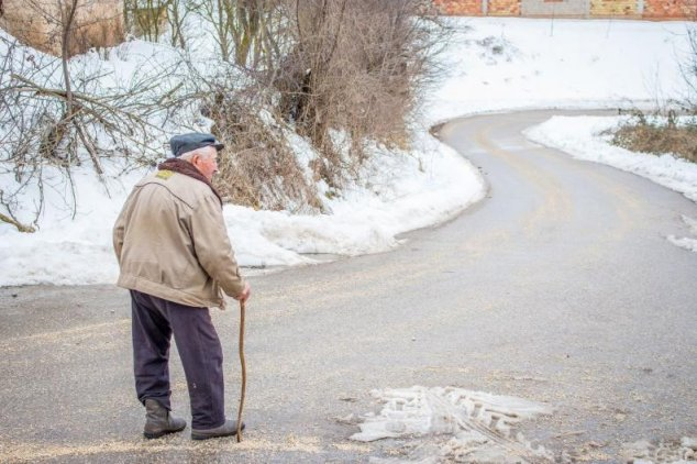 """Pensia medie în R. Moldova este de 1643 lei (83 de euro) iar Dodon și Alianța se laudă că ea va fi """"indexată"""""""