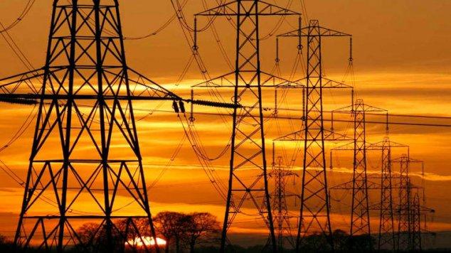 Azi se va decide dacă prețul la energie electrică va crește sau nu