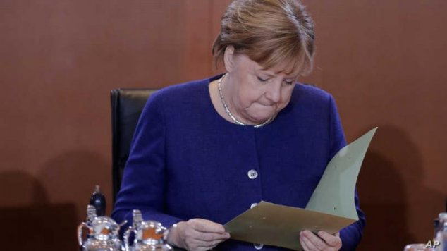 Germany's Merkel Heads to Moscow Amid Heightened Global Tensions