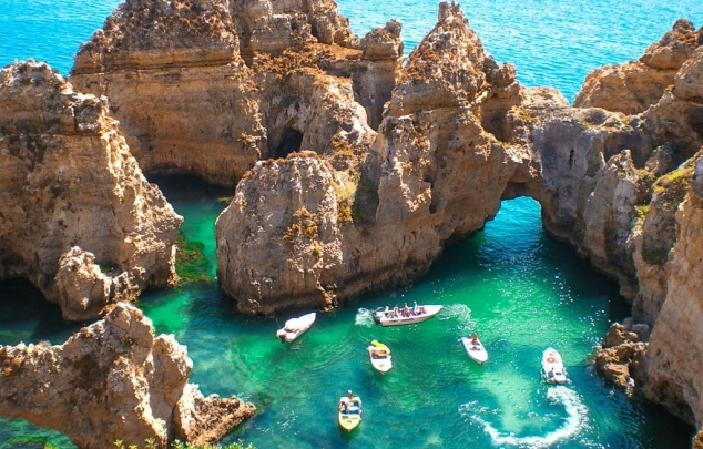 Portugalia deschide ușile turiștilor și anunță condițiile pentru cei care vin cu avionul