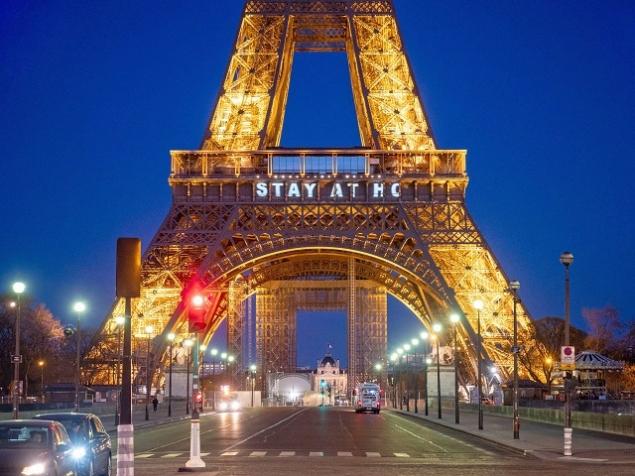 Omul rus Intalnirea Parisului