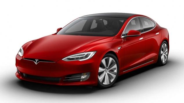 Elon Musk a prezentat Tesla S Plaid, cel mai rapid model de până acum al mărcii